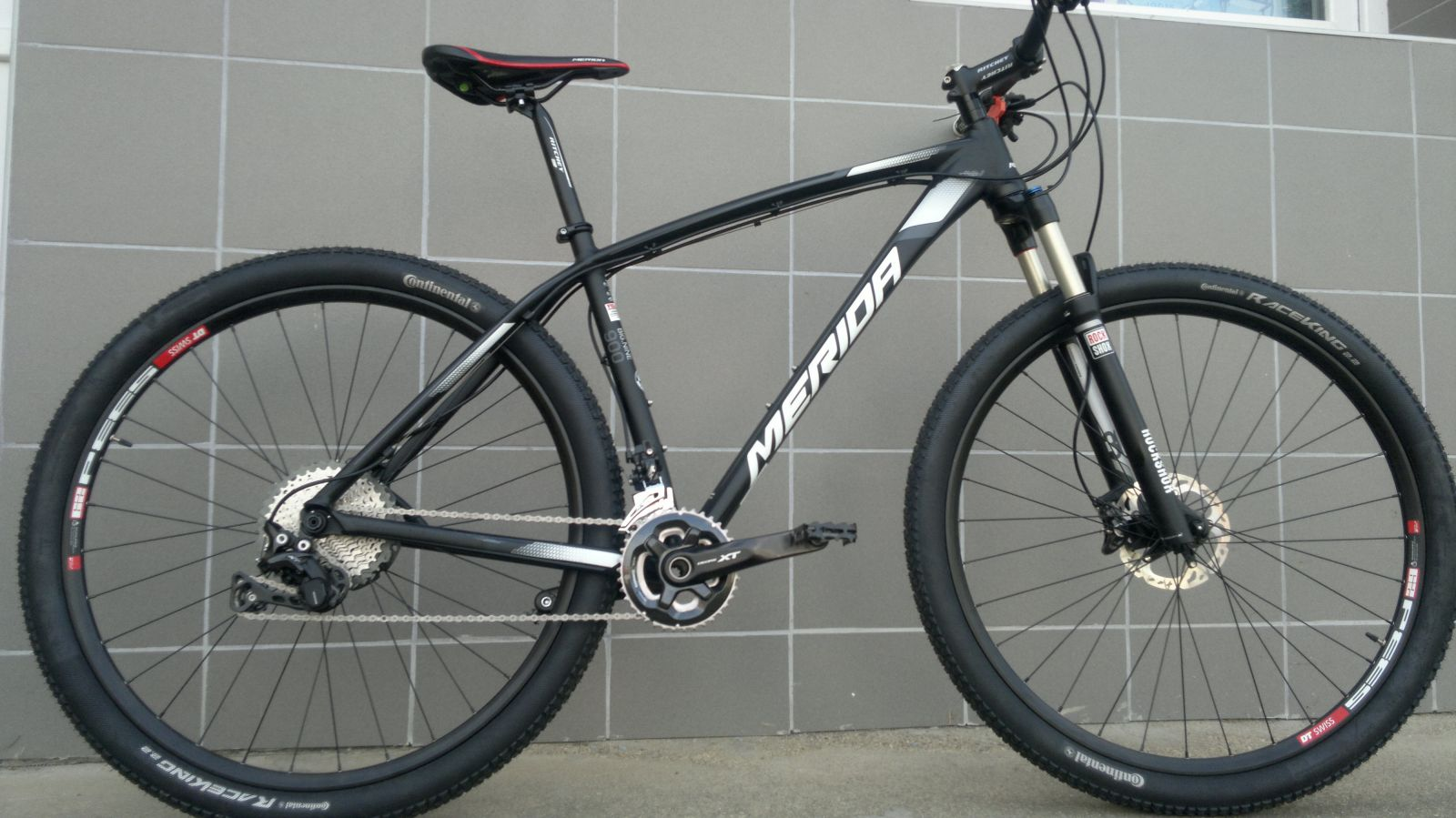 "BIG.NINE 900 Matt Black(Grey/White) 19"" STAVBA MERIDA"